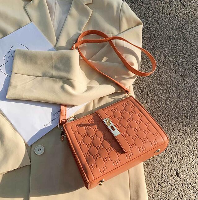 Borse a tracolla casual Lady Handbag Borsa Secchiello nuovo stile sacchetto Donne anziane Crossbody Bag estate Travrl