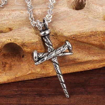 Pendentif croix Collier Vintage pour Hommes Femmes Hip Hop Nail Colliers Hipster Croix Déclaration Bijoux Fête de Noël du cadeau