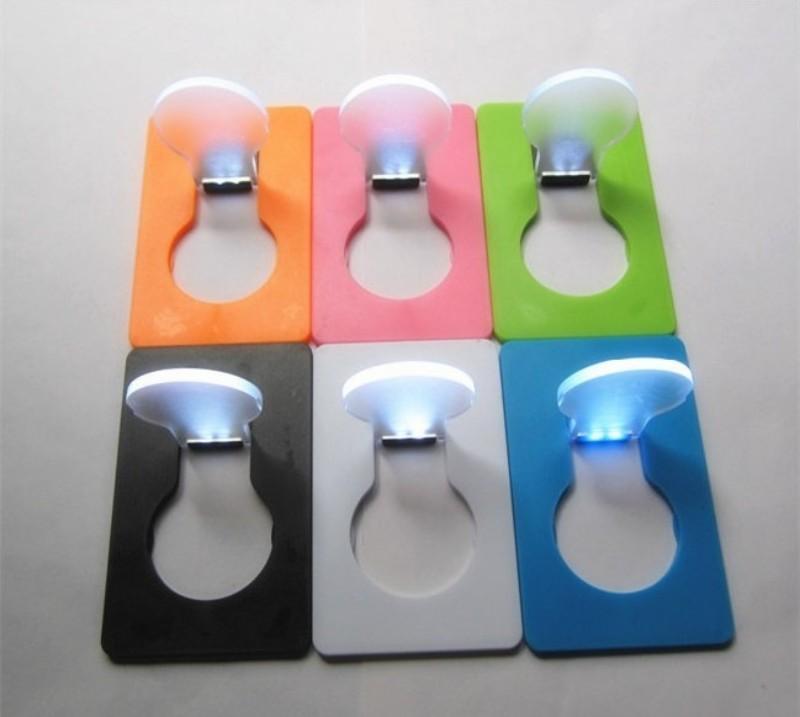 Lampe de carte de poche pliante carrée Flash Thin Greeting LED Cards Light Forme élégante d'ampoule Lumières de Noël rougeoyantes dans le noir