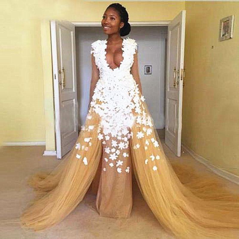 Dress fiore 3D Prom con Overskirt Bianco merletto Appliqued Nudo di Tulle del V senza maniche di sera del partito del collo di sviluppo I Abiti Occasioni