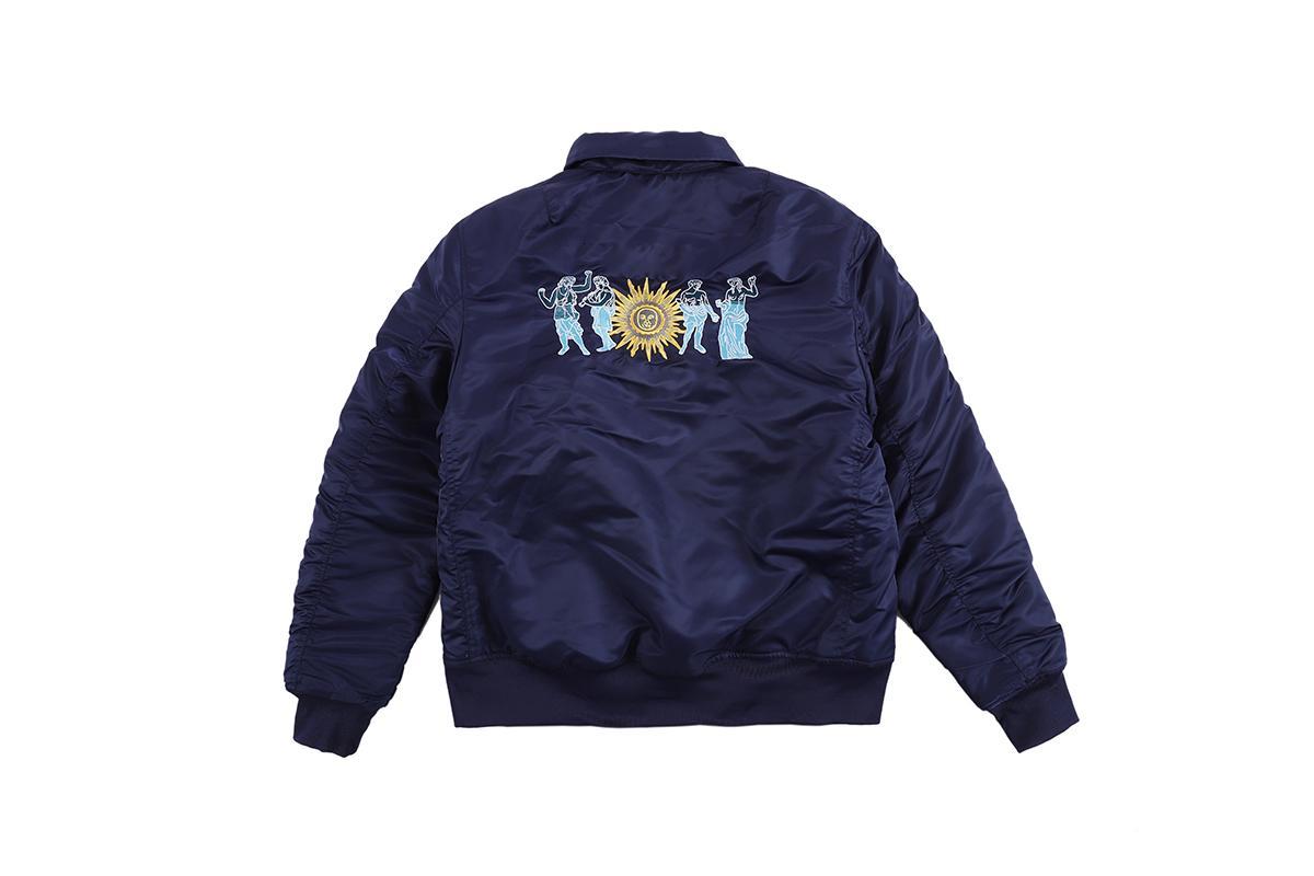 Мода европейской вышивка пальто высокого качество способ Негабаритного хлопок теплой куртка Пара Женщина и мужские пальто Comfort HFKYJK022