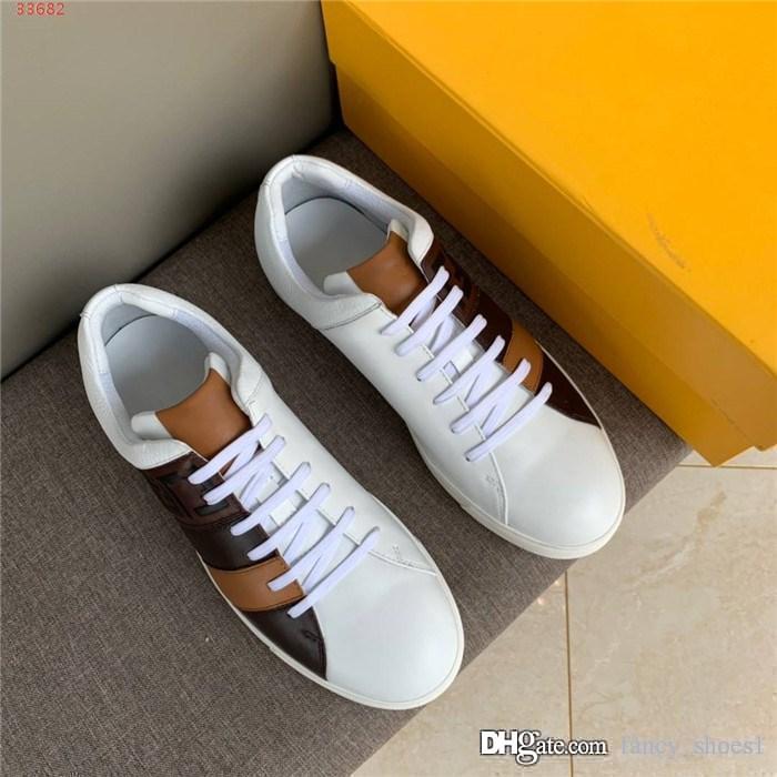 Mens scarpe in pelle sportivo con colore lettera corrispondente sulla allacciatura posteriore e la base piatta basso in alto scarpe da jogging, con l'imballaggio originale