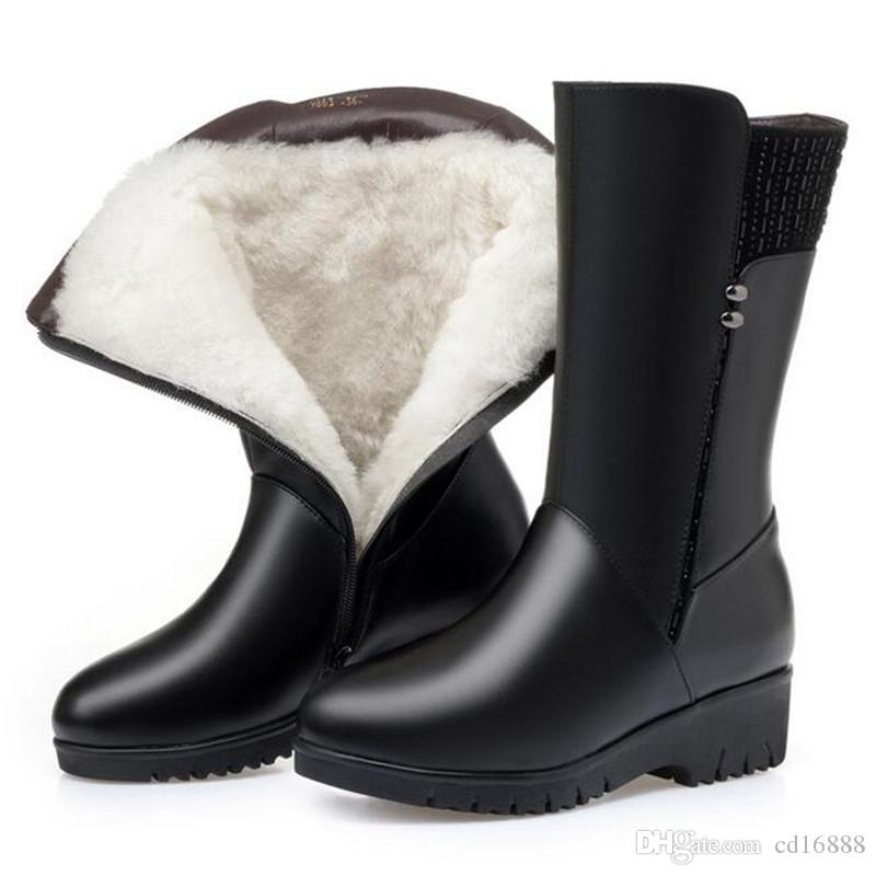 Hot selling 2020 Winter Rivets Cow Leather Boots Women Shoes Wedges Inside Plush or Wool Snow Boots Plus Size Middle Tube Boot Women Boots