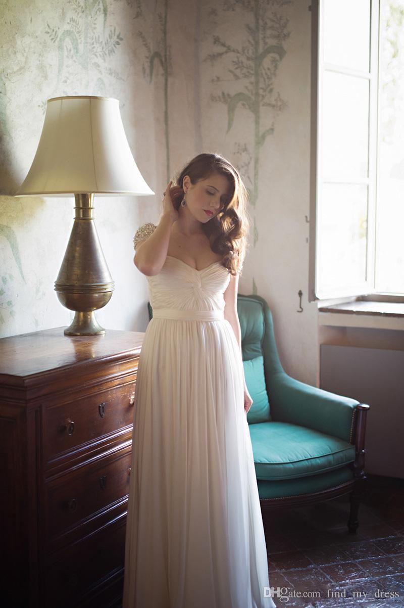 2020 chérie Une ligne robe de mariée en mousseline de soie plissée à manches courtes perles perles de mariage de plage Robes Personnaliser