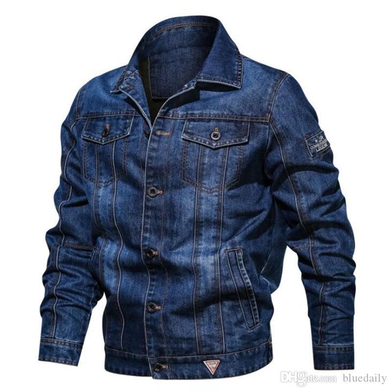Осень Джинсовой куртка для мужчин Повседневного отворота вышивки мужских джинсы Куртка Streetwear Multi-карман мужского ковбоя пальто плюс размере 6XL