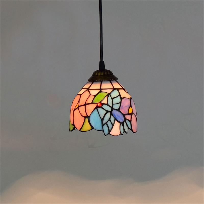 Americano retro idílica pájaro de color lámpara de cristal de Tiffany vidrieras creativa personalidad decoración de la barra pequeña lámpara TF058