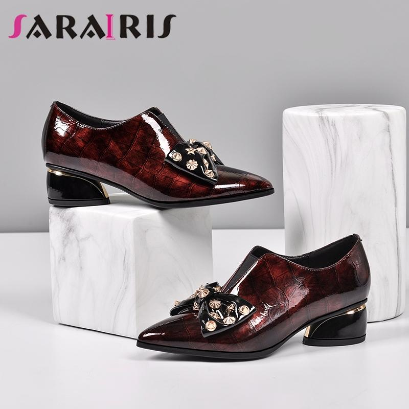 SARAIRIS Big Size 33-43 Feminino Borboleta Nó Sapato de bico fino Bombas Bombas Casual de patentes Mulheres de couro genuíno sapatos de mulher