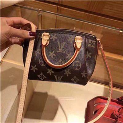 TOP PU высокого качества PU Европа мужчины мешок известных дизайнеров сумочек холст рюкзак женская школа сумка F1 Рюкзак Стиль рюкзаков бренды # 8888G