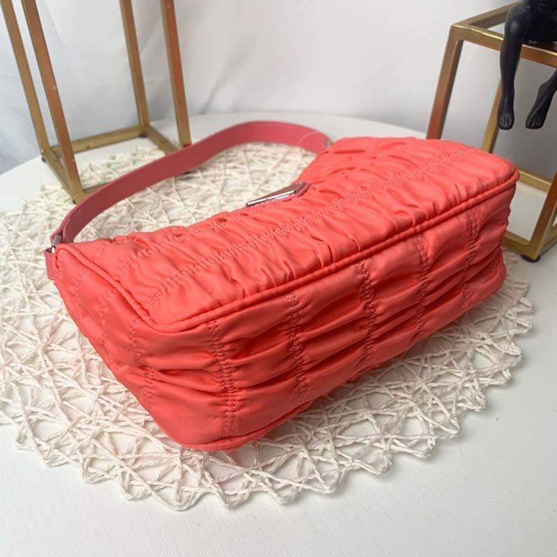 2020 sac à main de luxe design de femmes vente chaude de haute qualité de façon élégante limitée unique sac à bandoulière Sac shopping chaîne sac N: P0809