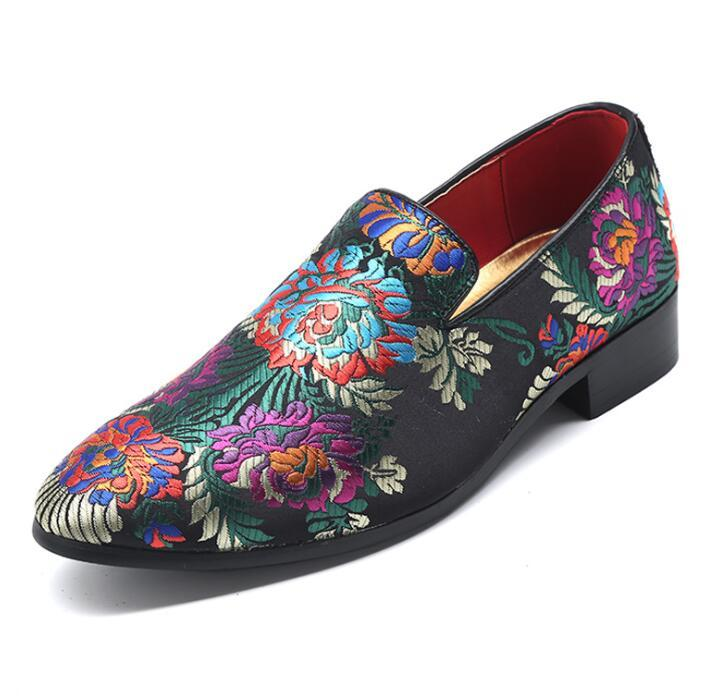 2019 Hot Men Mocassins moda streetwear sapatos de pano italiano mens sapatos casuais Mocassins Feitos À Mão masculino sapato de condução