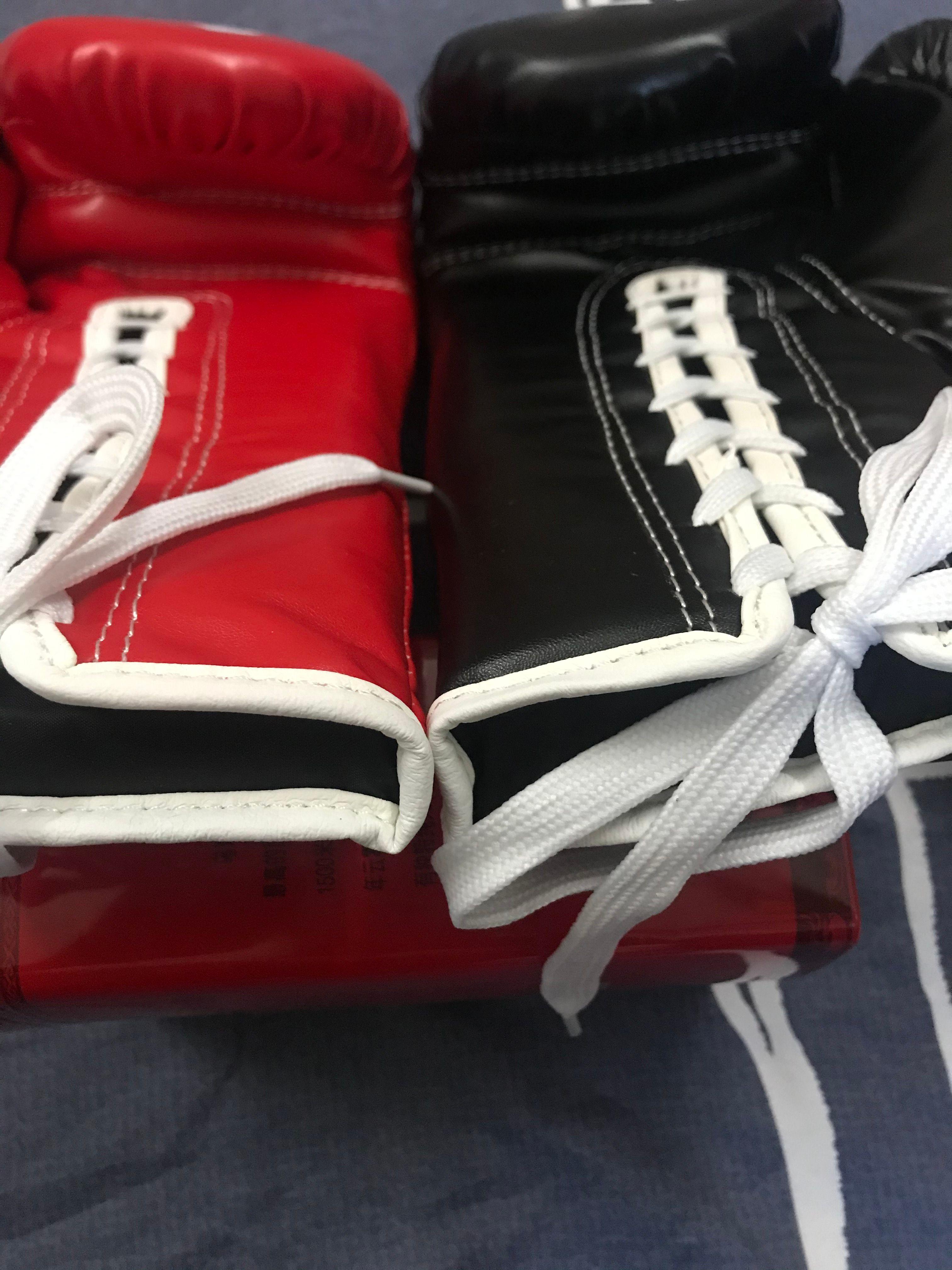 10-ob-14 унций черные и красные близнецы боксерские перчатки для бокса взрослых играют на мешки с песком Парри, что мужчины и женщины бороются тренировки Sanda Muay Thai