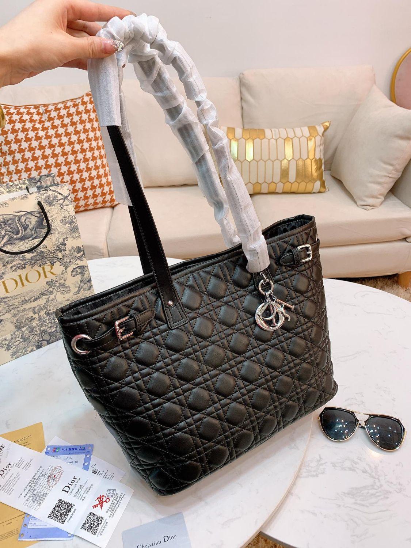 Свободная перевозка груза 20SS Оригинальный дизайн женщин Мода сумки на ремне, изысканный и самый лучший продавая сумки Безупречное качество сумок JDT002