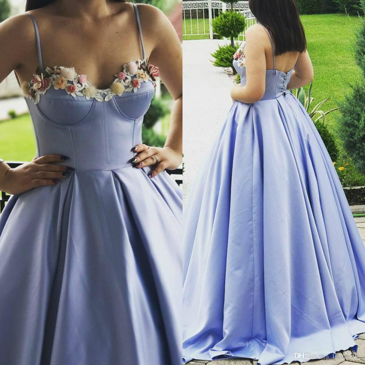Sexy Lavender Evening Dresses Spaghetti Straps Handmade Flower Applique Long Party Dress Pleated Floral Appliques Evening Gowns Custom