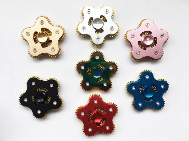 Decompressione giocattolo nuovo arrivo Fidget Spinners EDC metallo arcobaleno mano Spinner giocattolo 5 Gear catena Finger Stress Relief cinque Ruote dentate dito