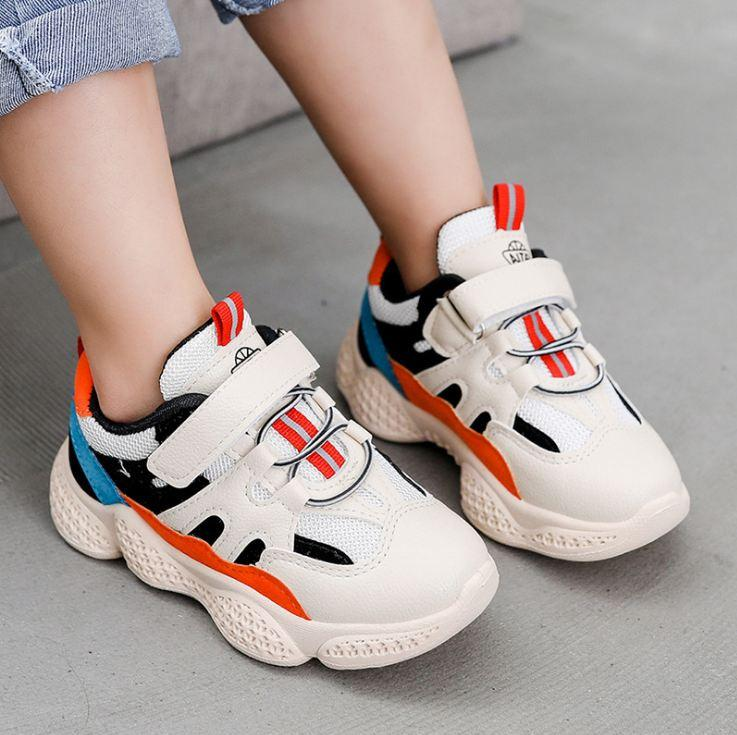 bel ragazzo del bambino Sport Shoes impressionante Bambini Poco formatori bambini Calzatura flessibile invernale per il nuovo anno nuovo