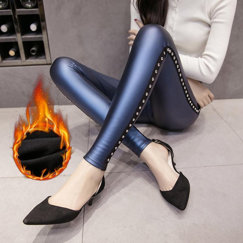 Velvet Calor do inverno Mulheres Calças Fleece PU Leggings Mulheres Moda slim Rebites lápis Pant Ladies Skinny Pants