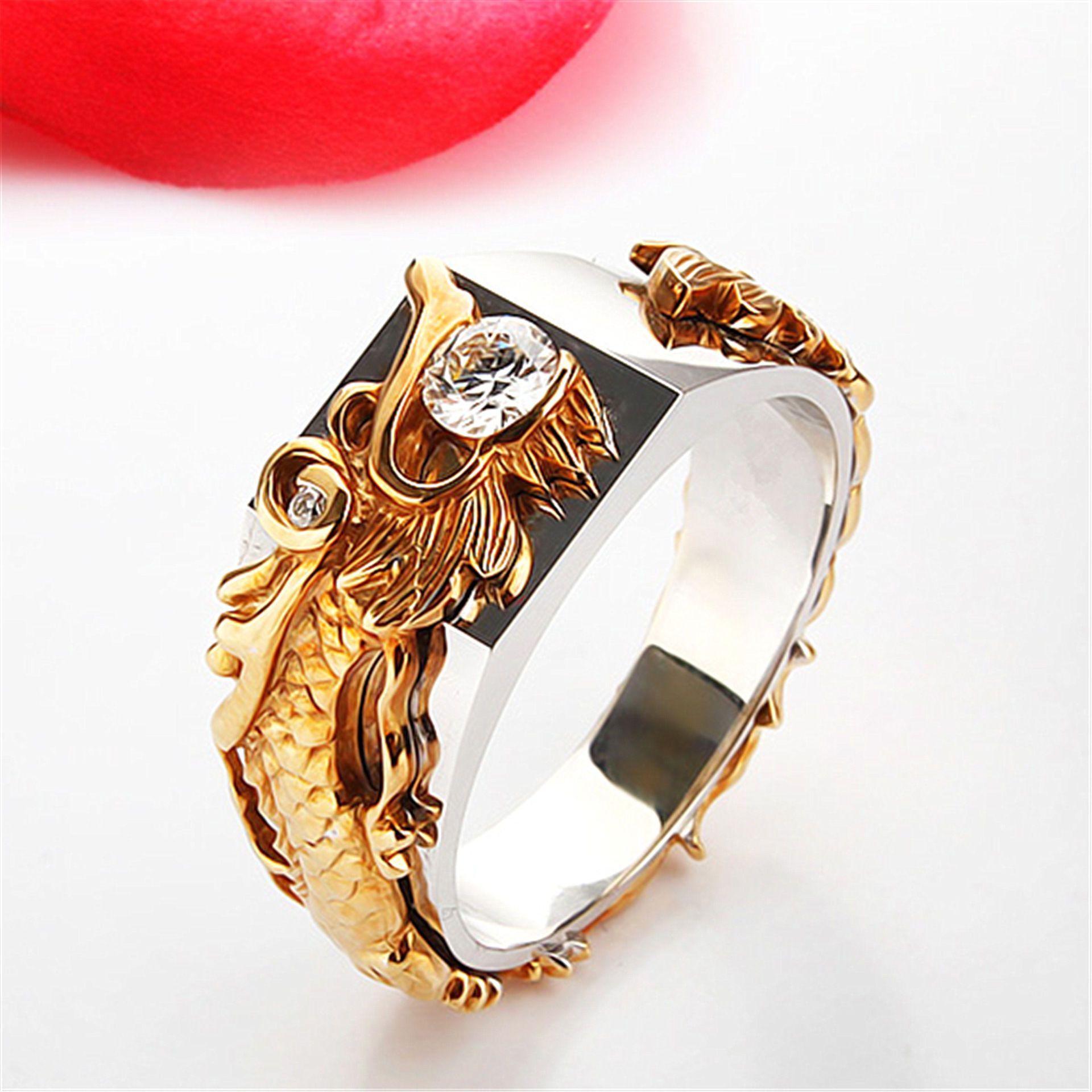 Anillos de la joyería del dragón del color del oro Anillo de cristal de acero de la manera Los varones diseñan los anillos del circón para el hombre