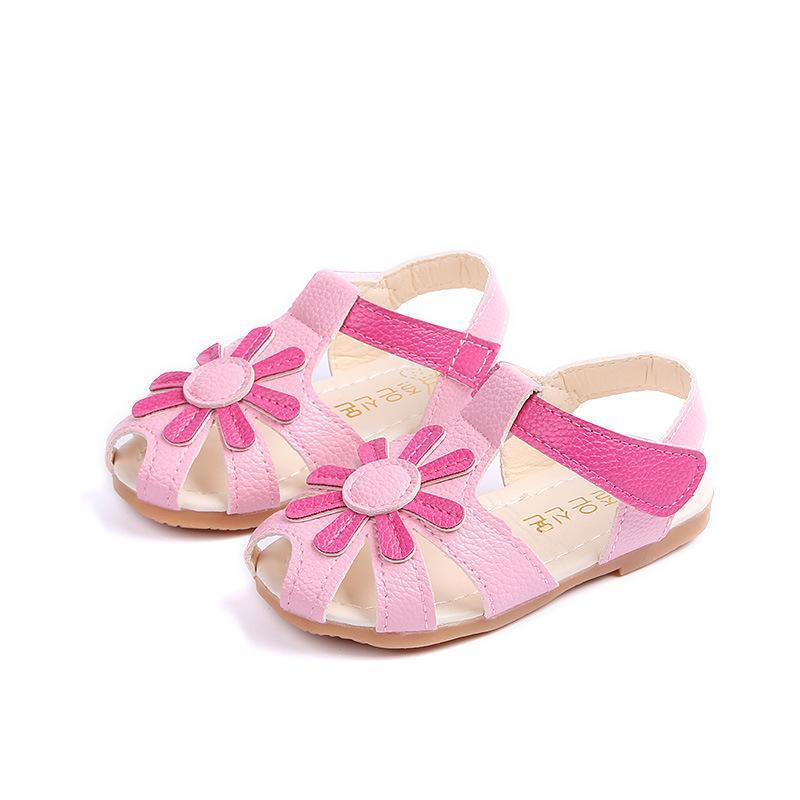 2018 Verano Bebé Niñas Sandalias Niños Flores Playa Sandalias Cómodas Parte Inferior Suave Infant Toddler Shoes Casual Kids Shoes
