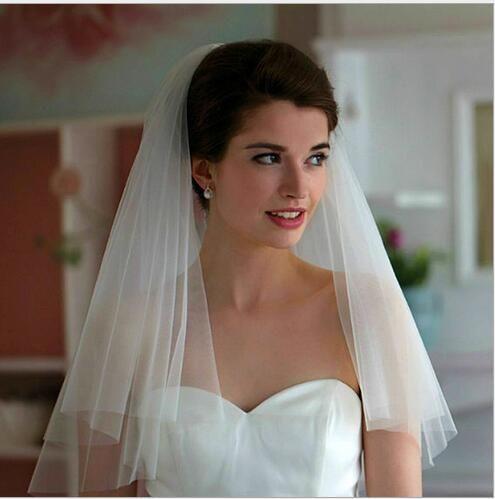 Pas cher Simple court mariage Voile Appliqued longueur du coude Bridal Veil mariée Veils cheveux de mariée avec un peigne gratuit de haute qualité