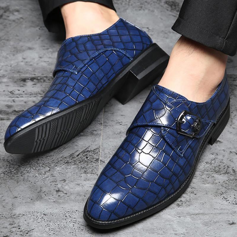 Taglie 55-58 Scarpe in pelle PU scarpe della fibbia Uomini percalle Uomo che conduce Solid Non Slip