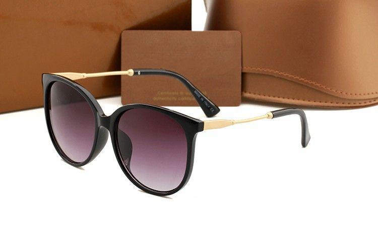 1719 Marca Lentes de sol para el marco de las lentes de las mujeres al aire libre Sombras PC de moda Lady Classic Gafas Espejos de viaje Gafas con las cajas