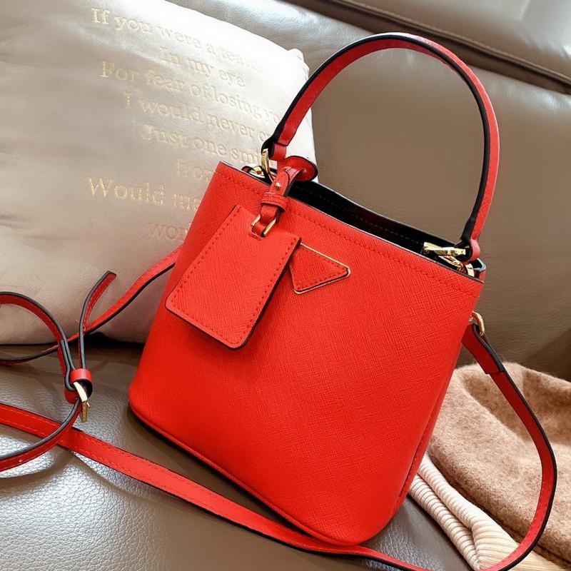 Saco mulher sacos moda crossbody moda saco de fannypack plain p letra de alta qualidade viajar mulheres bucket bagagem couro genuíno dxukf