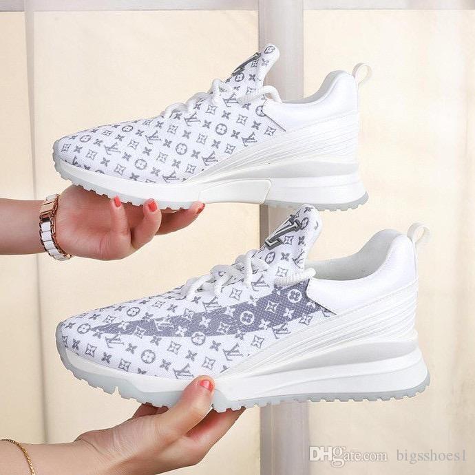 2020 pattini casuali Trainer all'ingrosso Sneakers Black Dress formatori delle donne degli uomini di cuoio di modo delle donne Scarpe Uomo