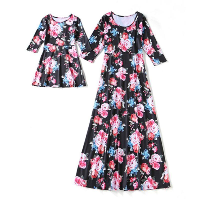Mutter-Tochter-Kleid Familie Passendes Outfit beiläufiger loser Blumendruck Flare 3/4 Hülsen-Sommer-Baby-Pullover Kleidung