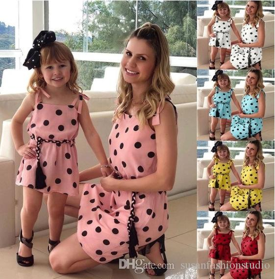 Hot Women Fashion Summer Dot col rond robe sans manches Casual A-Line Strap Dress Robe mère et fille