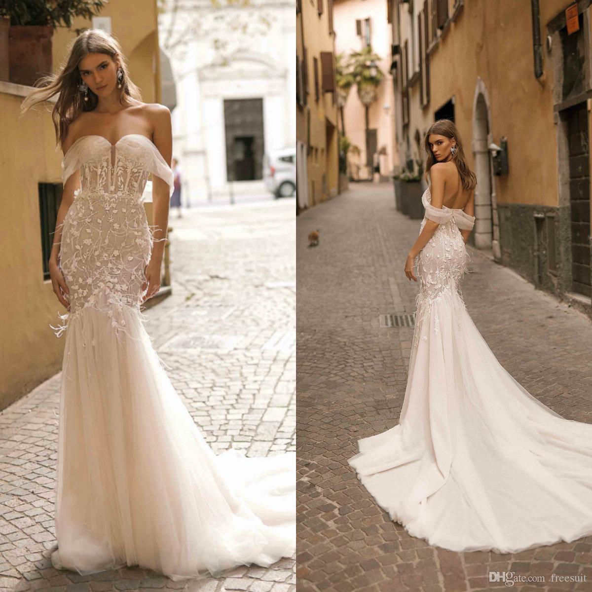 Berta Mermaid Wedding Vestidos Alças 3D Floral Appliqued Feather Ruffle Backless Illusion vestidos de noiva Custom Made Vestidos de novia