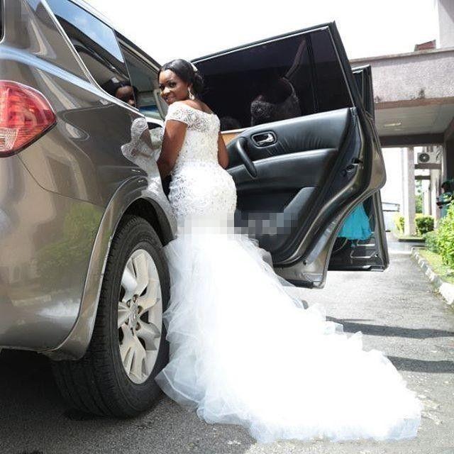 2019 Bling Африканские Нигерия Русалка Свадебные платья с плеча Кристалл с бисером Многоуровневое Ruffle Court Train Обычай Плюс Размер Свадебное платье