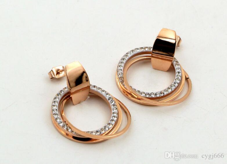 New three-ring three-ring curved face buckle mud diamond rose gold earrings fashion wild tide female titanium steel earrings