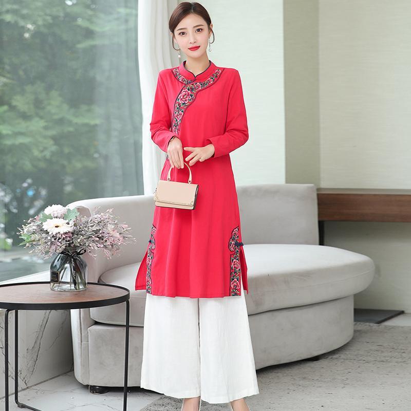 2020 Frühling-neue chinesisches Art-Frauen-Kleid Retro gesticktes lange Hülsen-Blumen Cheongsam Kleid-elegante Dame Moderne Qipao Qualität