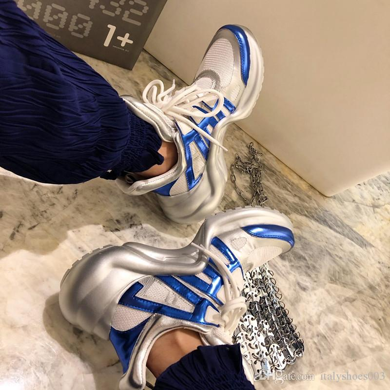 2019 Chaussures de sport de mode pour femmes respirant plate-forme Chaussures Femmes Chaussures Luxe Concepteurs Bottes Femme de vulcaniser Martin de ky19100221