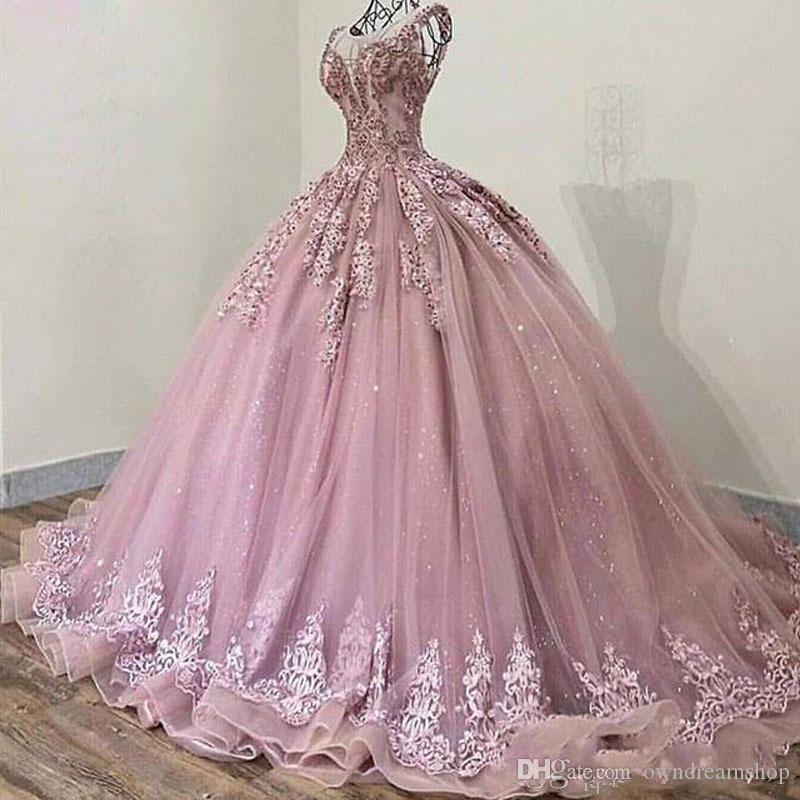 Árabe de 2020 Rosa elegante Sheer cuello de la joya del vestido de noche del vestido de bola Apliques granos del cordón del tren del barrido de fiesta de la vendimia Vestidos formales de la fiesta