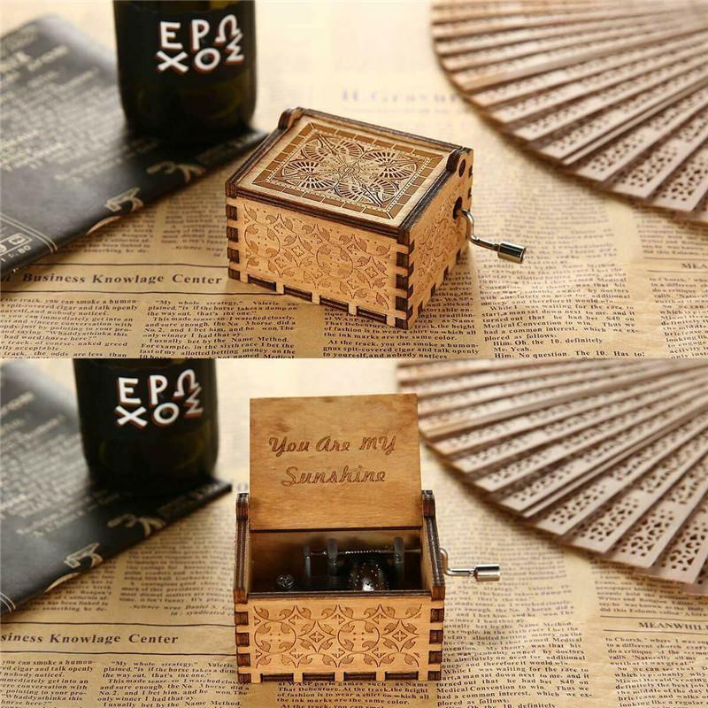 Wooden Music Box Hand Crank Clockwork Birthday Party Gift /'You Are My Sunshine/'