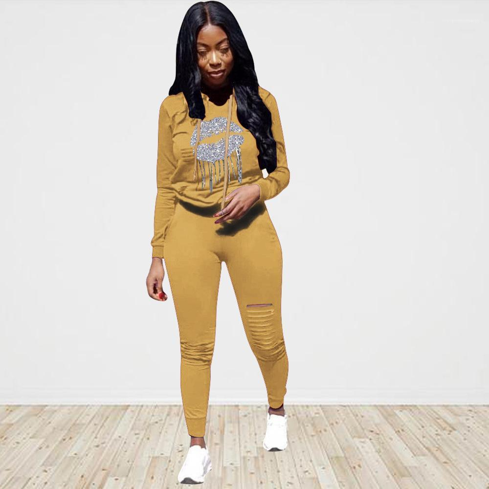 Vêtements pour femmes Designer Survêtements Mode capuche Sport 2PCS Ensembles en cours Printed Sweats à capuche Pantalons trou Costumes Femme