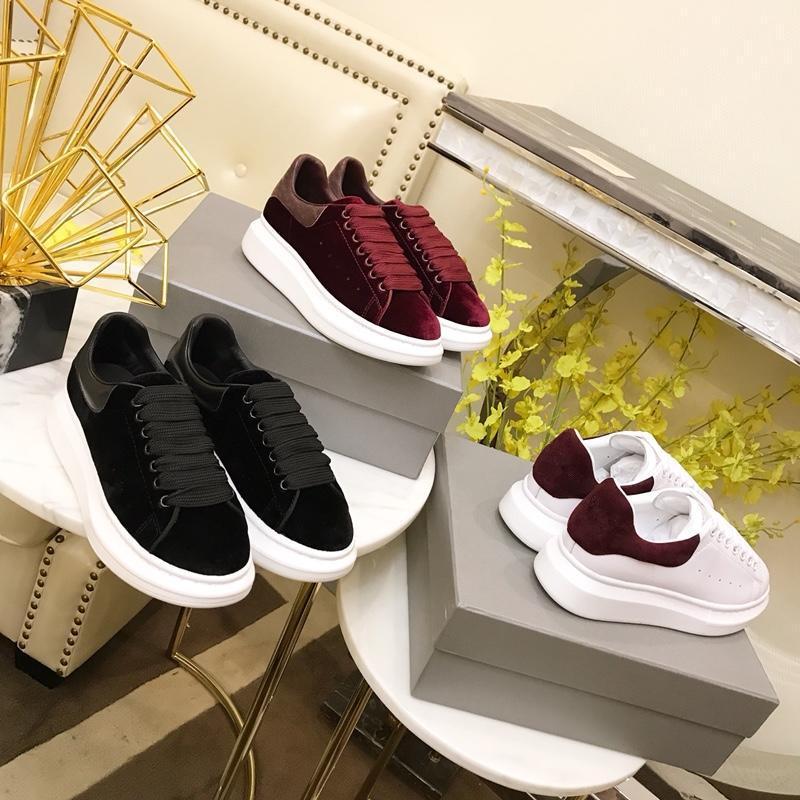 2019 UK Platform pele de serpente dos homens sapatos de grife de 2019 mulheres da moda de luxo designer sapatos triplos branca preta de veludo sapatilhas ocasionais