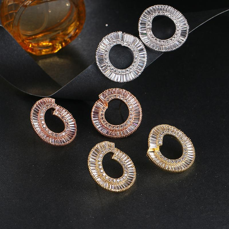 여성 화이트 / / 로즈 골드 컬러 패션 여성의 귀 스터드에 대한 Fashion- 호화 찬란한 큰 원형 스터드 귀걸이
