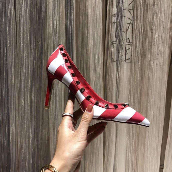 2020 Femmes Mode Sandales talons hauts de haute qualité Chaussons Chaussures plates Mode Chaussures Diapo Chaussures Femmes Tongs Sandales xr20020102