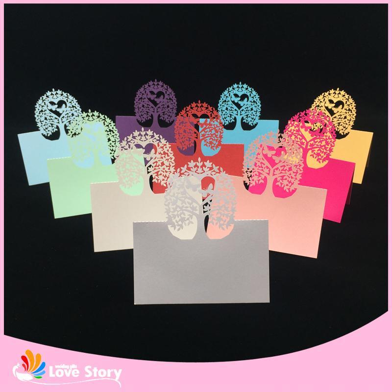 40pcs Laser Cut Fleur Arbre Table Table Nom Carte Lieu Papillon De Mariage Décoration Événement Fête Fournitures De Mariage