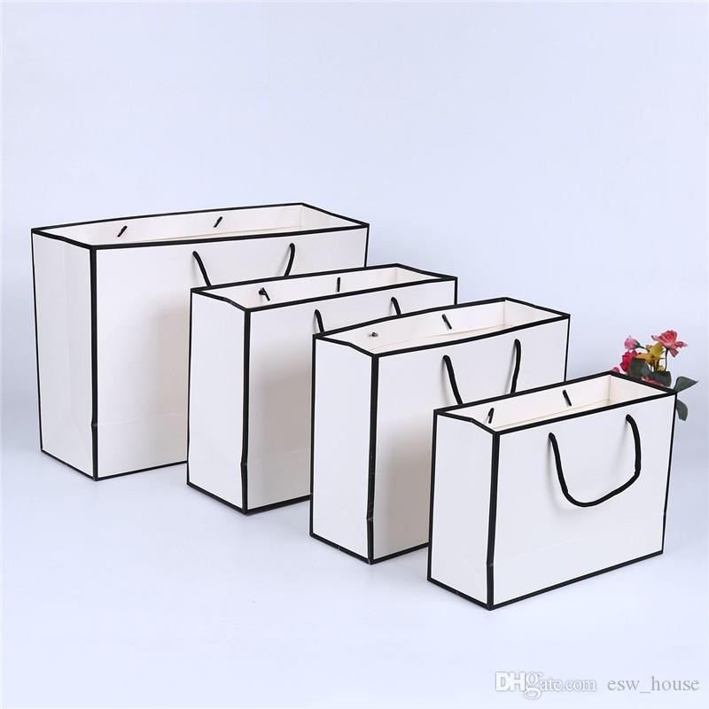 بطاقة بيضاء كرافت كيس ورقي ثخن الملابس هدية التسوق التغليف الحقيبة ملابس هدية كيس ورقي مع مقابض