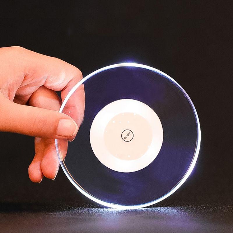 Bianco / luce variopinta impermeabile Light Up Coaster Cup Holder Mat LED acrilica rotonda luminoso bevande bottiglia Coaster