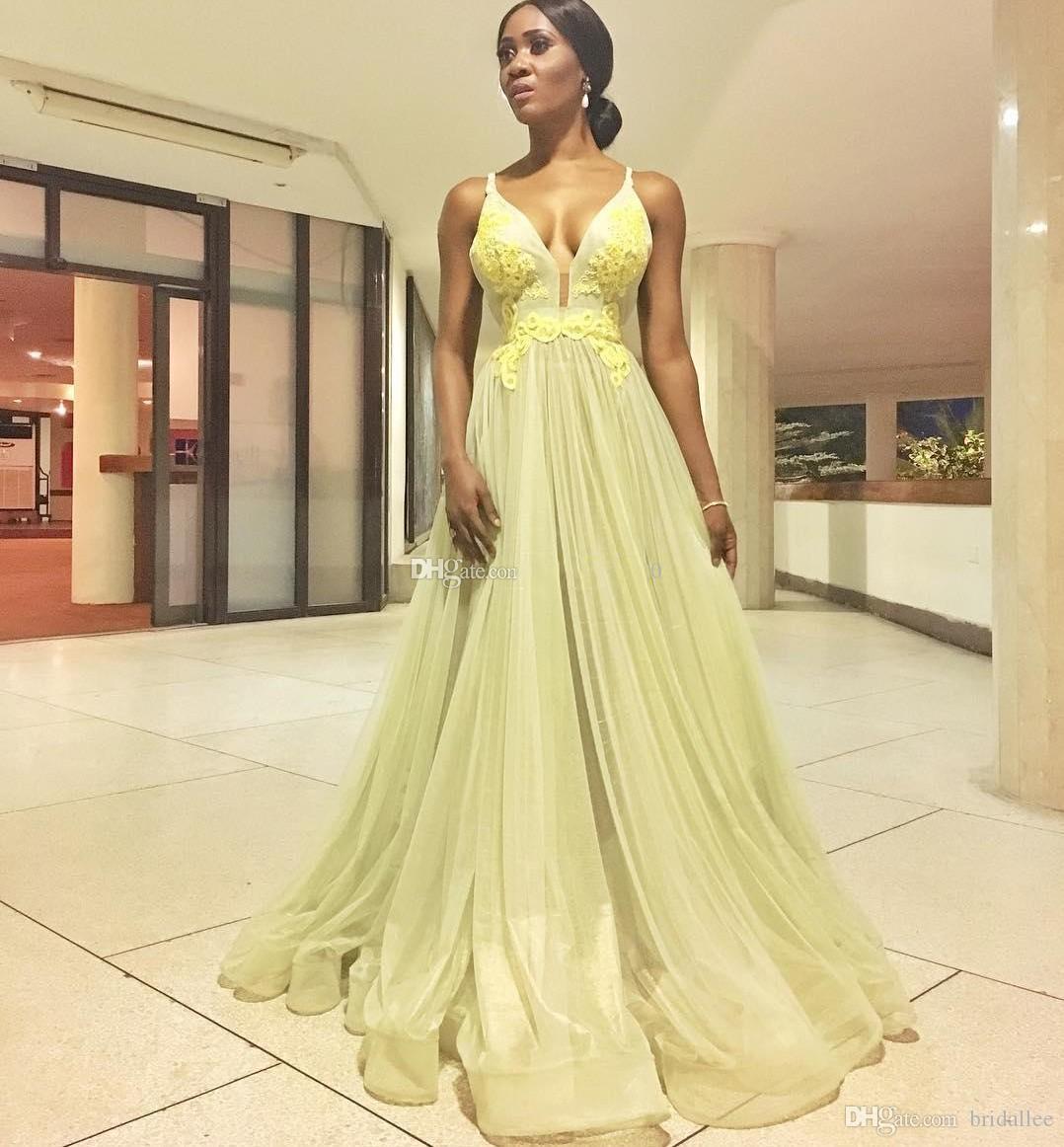 Robes de bal longues 2020 spaghetti train de balayage appliques robes de soirée formelles africaines soirée spéciale robe pour sweet 15