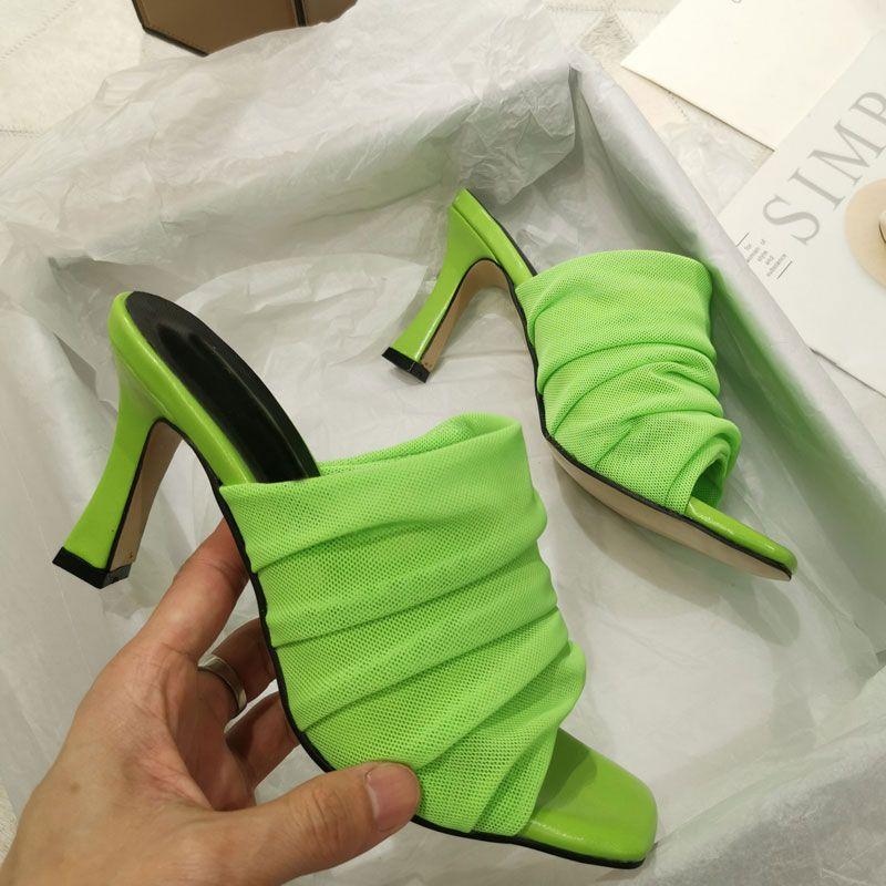2020 تصميم جديد المرأة النعال اللمحة تو الكعوب رقيقة العليا مطوي شبكة الصنادل 9CM النعال في الهواء الطلق شاطئ الشرائح أحذية الخضراء