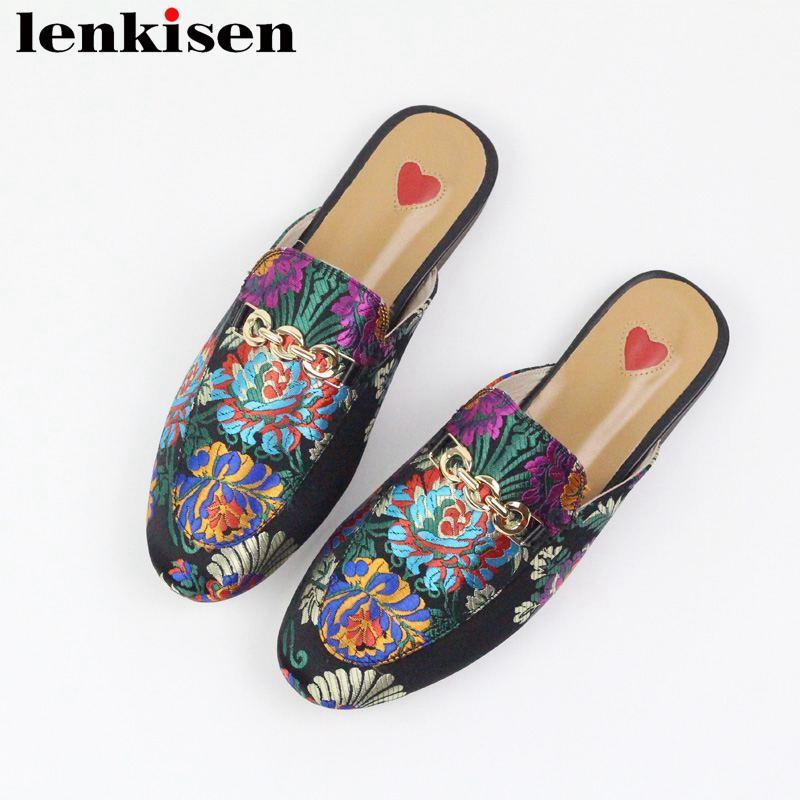 Lenkisen 2019 deslizamiento cuero genuino zapatillas fuera de borda las mulas Decoración oriental del metal de las mujeres de la moda streetwear zapatos