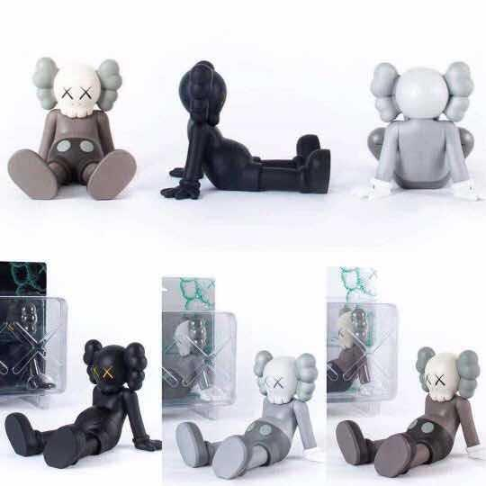 kaws Doll Figures 23CM Sitting position Original Fake Kaws Packaging with color box Latest Hot Styles Desktop Decoration
