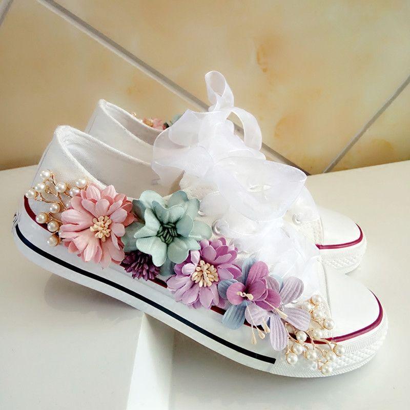 ريفي أحذية الزفاف المرأة اليدوية الزهور اللؤلؤ أحذية رياضية البلد الزفاف شقة الأحذية قماش plimsoll وصيفة الشرف حذاء رياضة