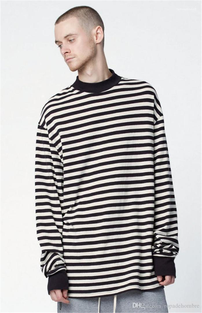 Çizgili Erkek Tasarımcı Tişörtü Moda Üzeri Boyut Kasetli Mens Uzun Tişörtü Casual Erkek Giyim siyah ve beyaz baskı