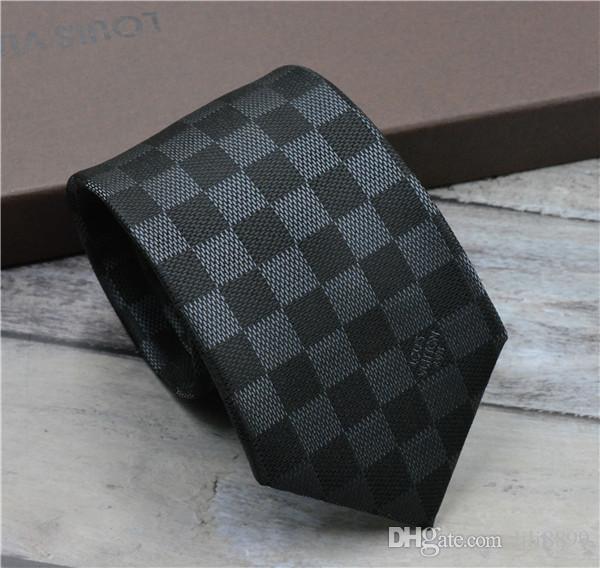 Classic design checkered tie luxury men's tie fashionable business wedding silk yarn-dyed tie 8cm gift box package